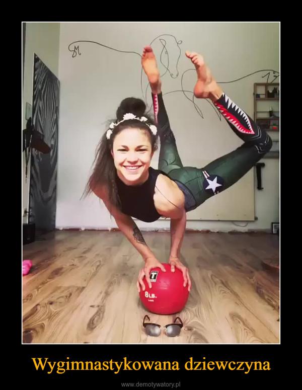 Wygimnastykowana dziewczyna –