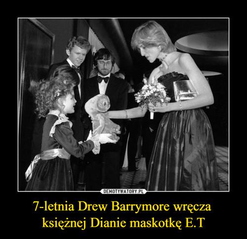7-letnia Drew Barrymore wręcza  księżnej Dianie maskotkę E.T