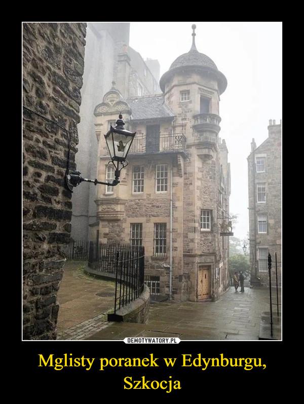 Mglisty poranek w Edynburgu, Szkocja –